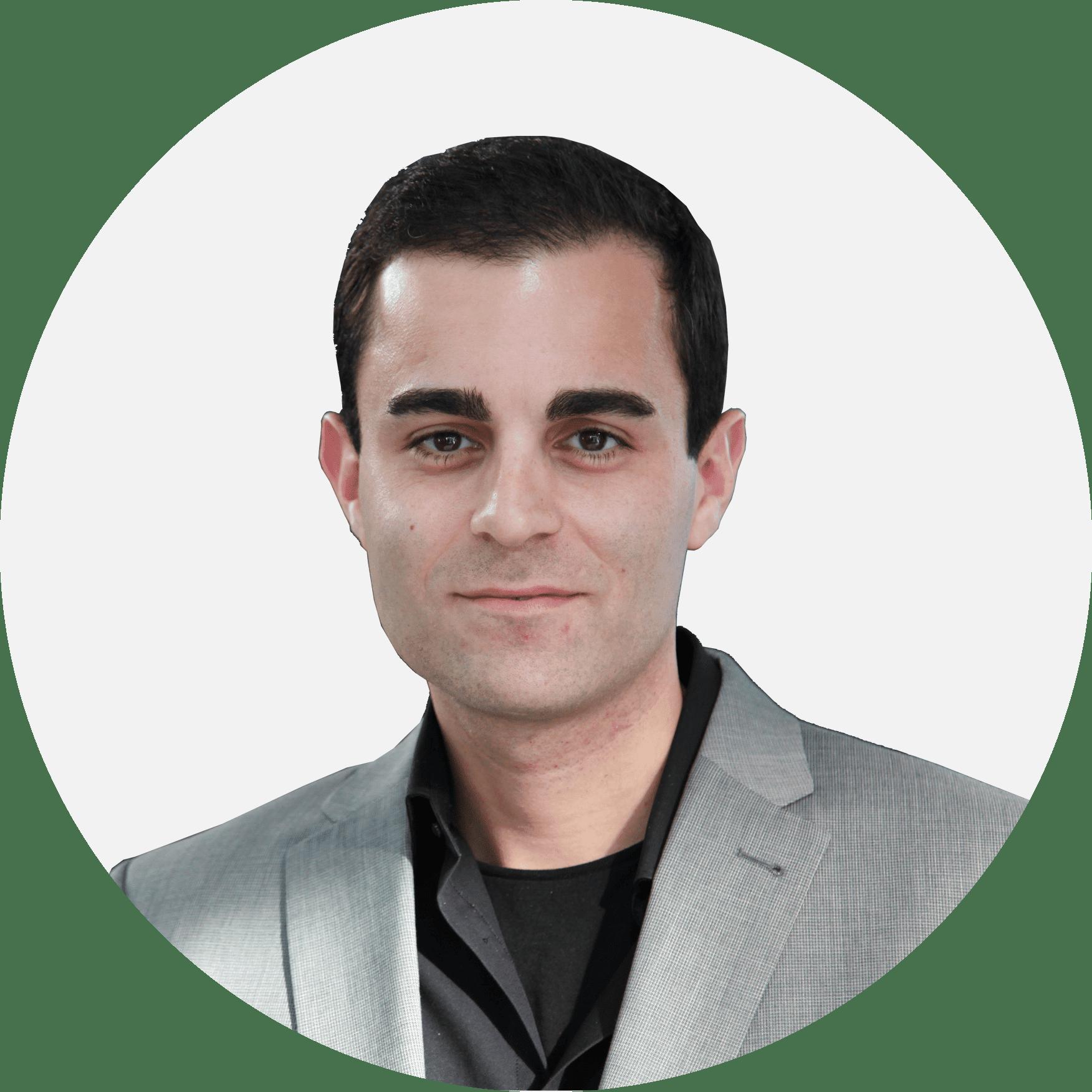 Arian Eghtessadi en tournée